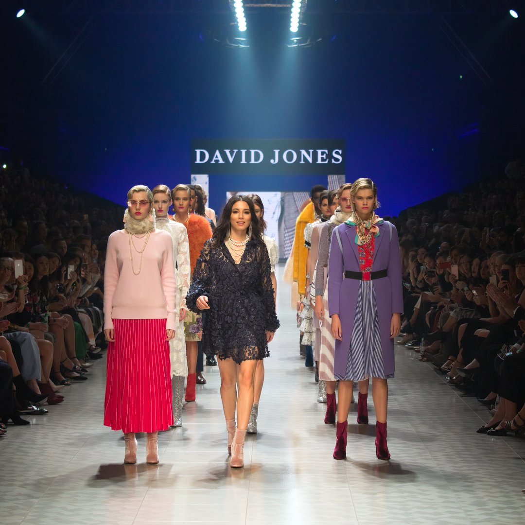 Jessica Gomes Virgin Australia Melbourne Fashion Festival David Jones Runway Photograph